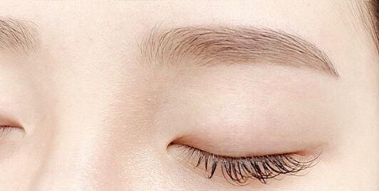 眉毛 を 薄く する 方法
